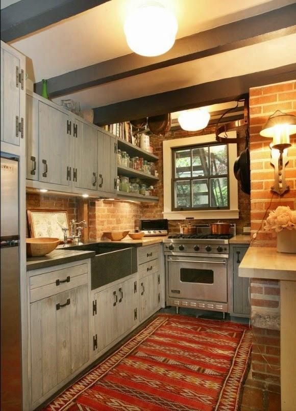 Antique White Kitchen Calinet Paint