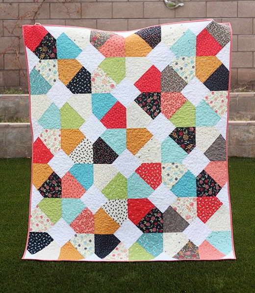 Broken Lattice Quilt Free Pattern designed by Melanie of  Hello Melly Designs