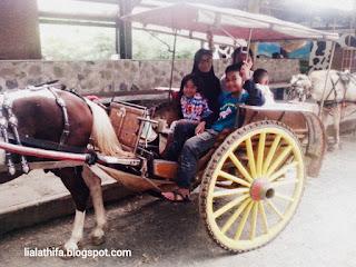 http://lialathifa.blogspot.com/2016/09/sensasi-wisata-edukasi-keluarga.html