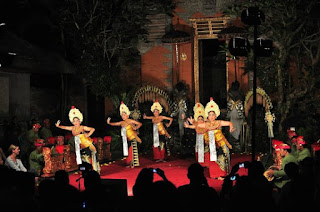 Legong Mahabharata In The Mansion Ubud Bali
