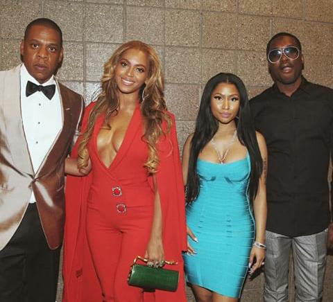 Check Out Celebrities like Beyonce Jayz Nicki Minaj Denzel Washington flood Mayweather vs Pacquiao fight