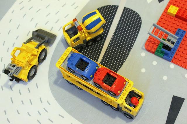 Lego Duplo Baustellenfahrzeuge Geschenkideen Winterkinder Jules kleines Freudenhaus
