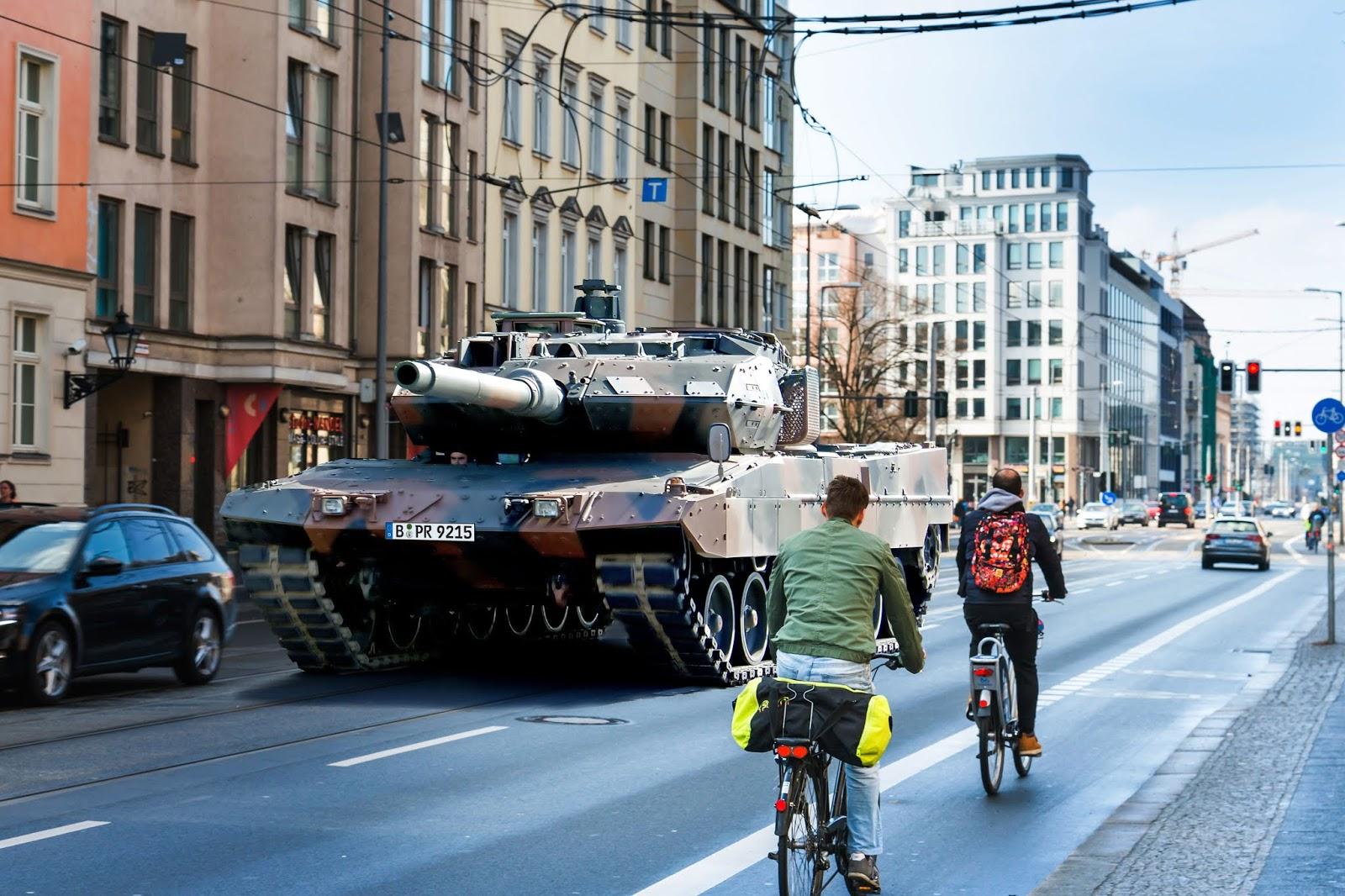[Obrazek: Panzer.jpg]