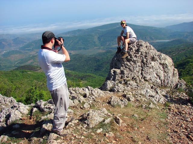 Фотографируемся на перевале Малые Ворота