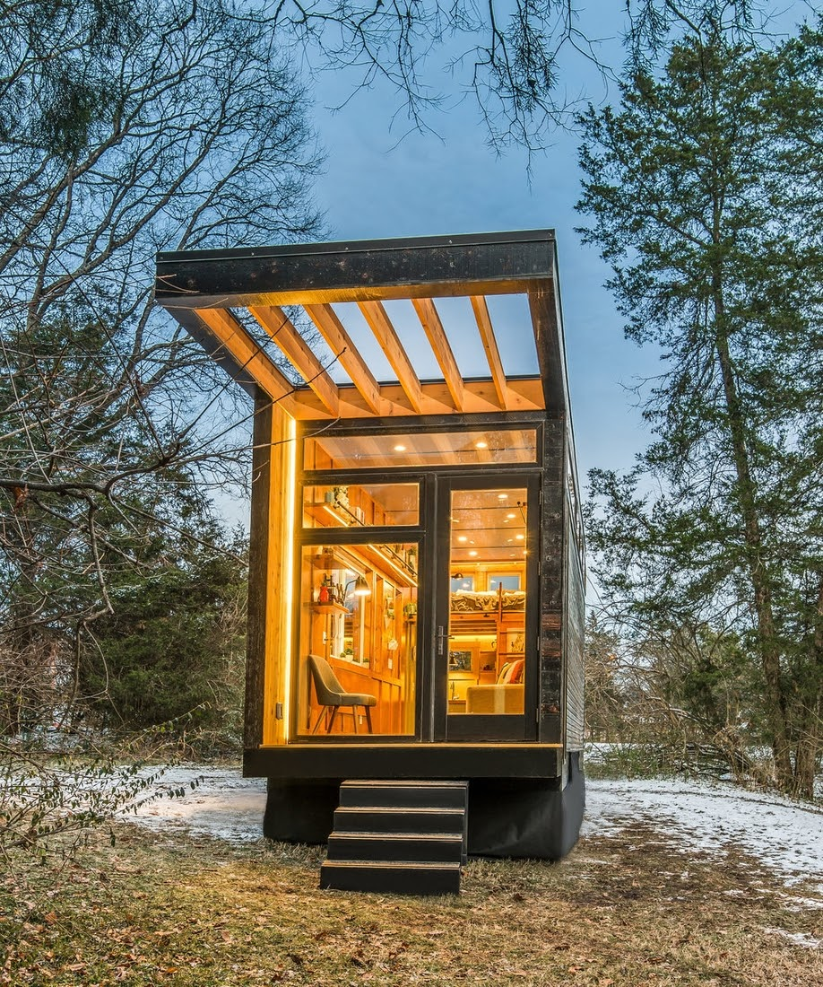 12-External-Front-View-Cornelia-Funke-New-Frontier-Tiny-Homes-Architecture-www-designstack-co