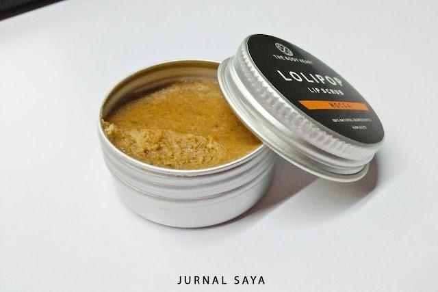 scrub bibir dari bahan alami