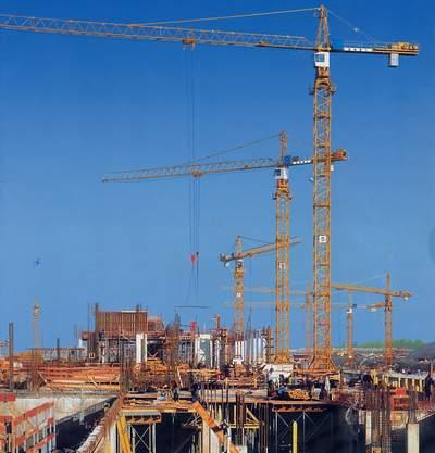 Cho thuê cẩu tháp Zomila tại các công trình Hải Phòng