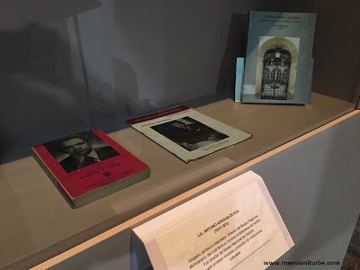 Libros de Antonio Arriaga Ochoa en la Biblioteca que lleva su nombre en Morelia
