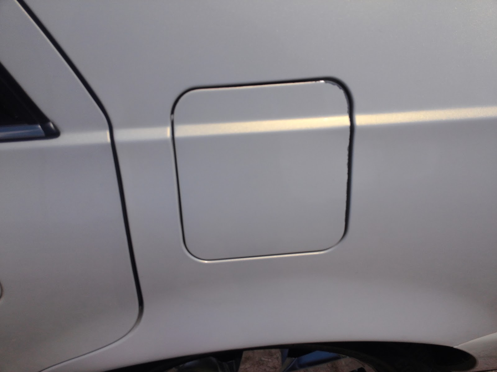hight resolution of below the trunk also remained closed with the button pressed for it