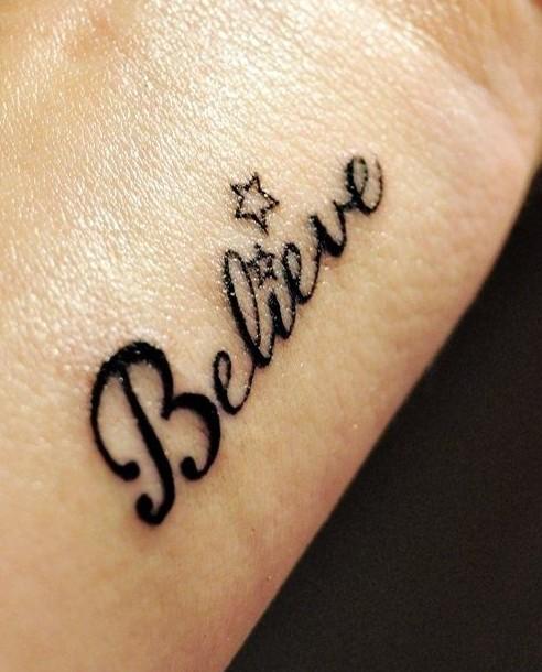 tatuajes para mujeres de estrellas