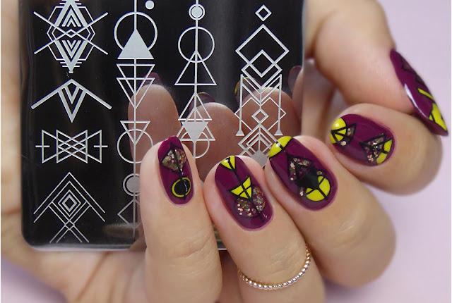 Geometryczna płytka | Nicole Diary
