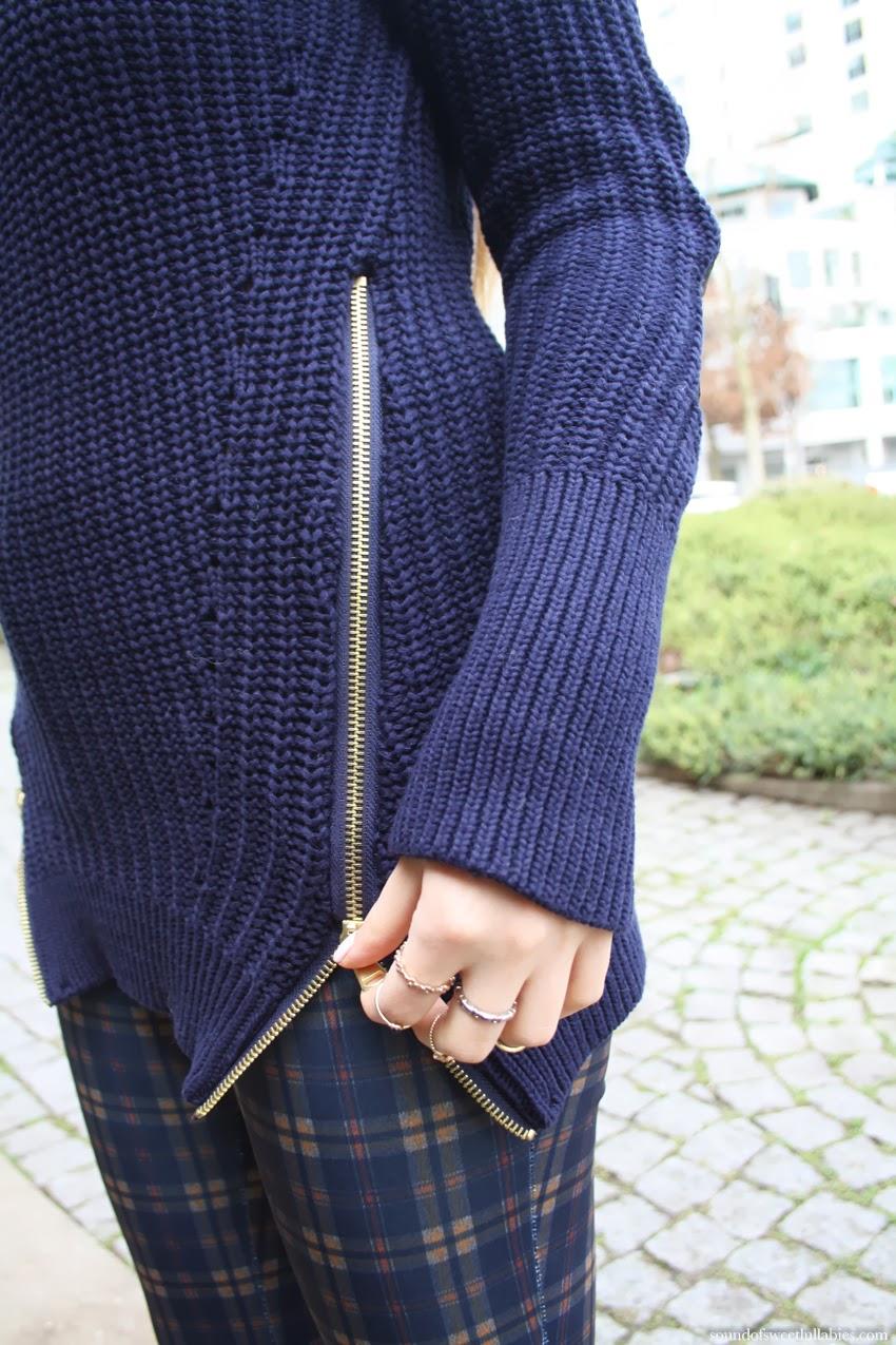 Side Zipper Sweater Sound Of Sweet Lullabies
