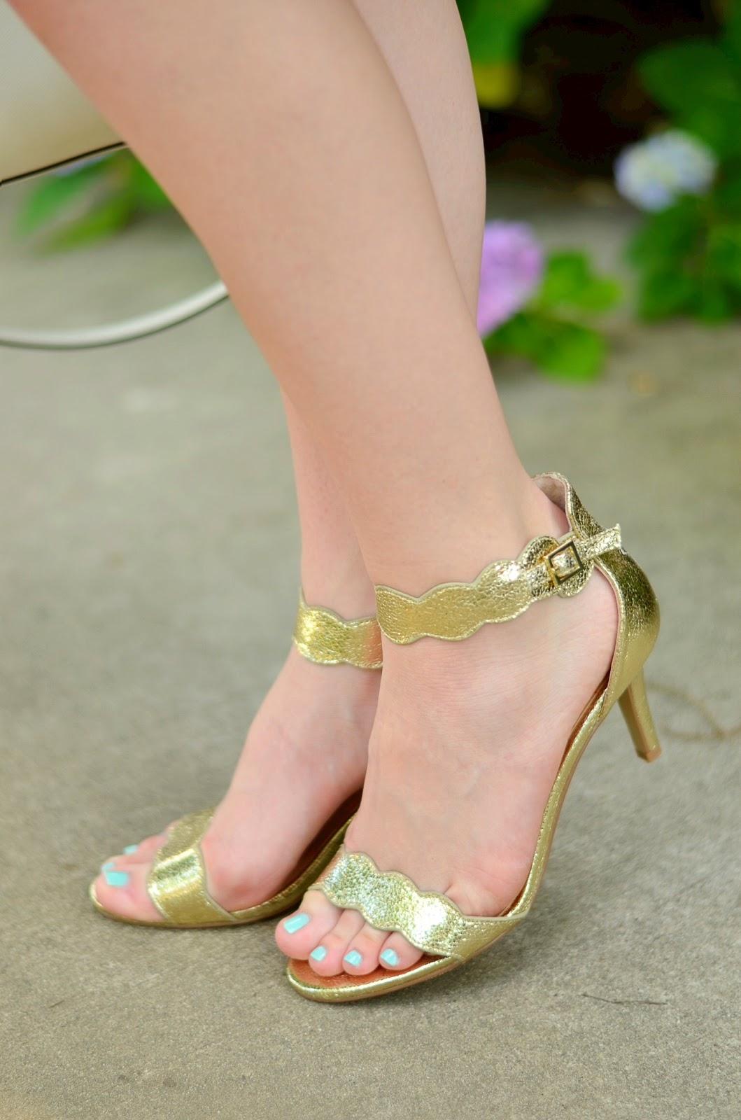Scallop Sandals