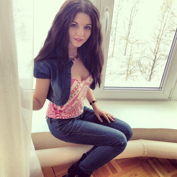 Canadian College girl pic, russian college pic, Real beautiful russian lady image