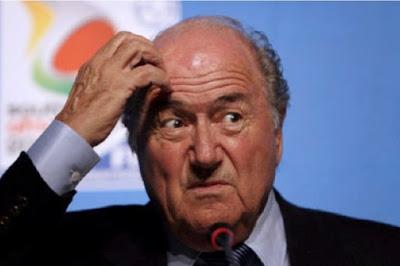 Joseph Blatter, dans un tweet: le Maroc serait l'hôte logique pour la coupe du monde 2026.