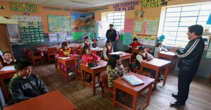 Existen 600 mil maestros en el país y casi el 70% son mujeres, informó el Instituto Nacional de Estadística e Informática INEI - www.inei.gob.pe
