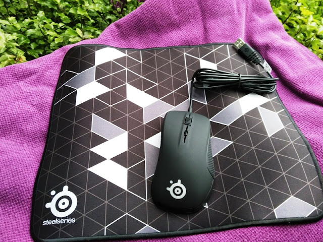 fe8961c329a SteelSeries QcK Limited Gaming Mousepads!   Gadget Explained