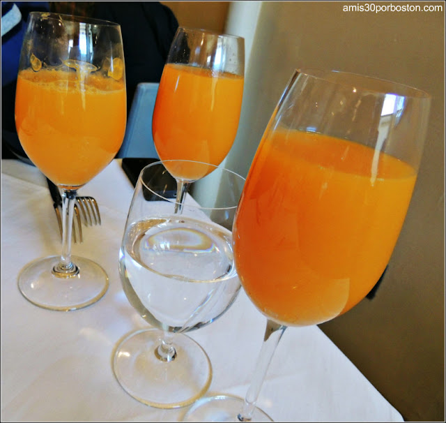 Brunch T.W. Food: Mimosas y Zumos de Naranja Natural