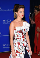 emma watson best red carpet dresses 2016 white house correspondents dinner