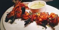 Crisp Goldren Tandoori prawns(shrimps) with Mint Chutney recipe