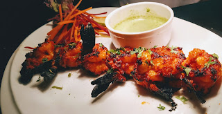 Crisp Goldren Tandoori prawns(shrimps) with Mint Chutney recipe
