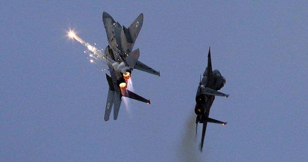 Ρωσικό υπουργείο Άμυνας: «Συστήματα S-200 της Συρίας κατέρριψαν ισραηλινό μαχητικό»