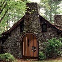 GFG Witch Rock House Esca…