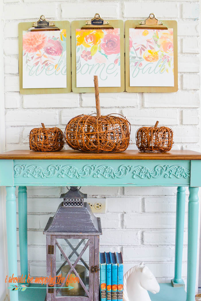 Free Fall Printable Triptych | Download the free printable of three designs that are meant to be displayed together for a unique piece of art! Perfect for your fall decor.