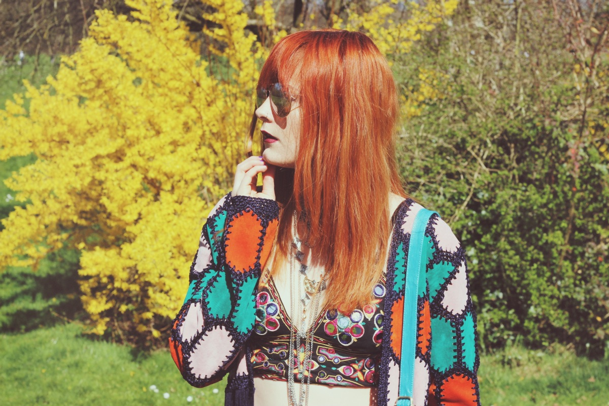 Festival Fashion Blogger Rainbow Crochet Seventies Look