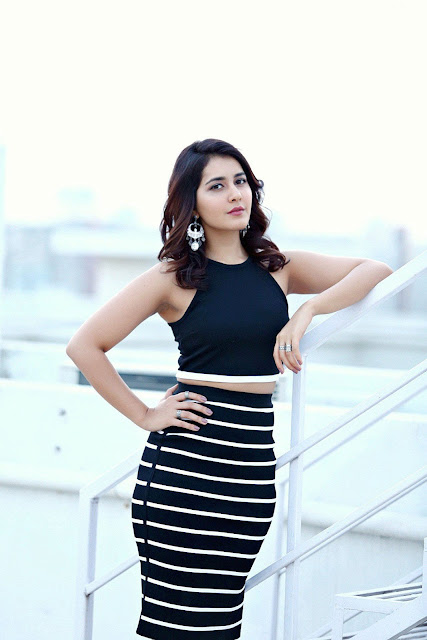 Raashi Khnna in Appearance in Dimpla and Armin Skirt and Top