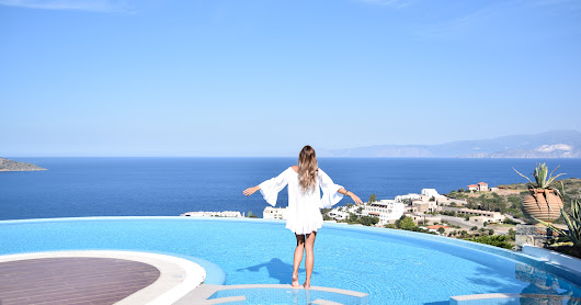 GREECE: ELOUNDA GULF VILLAS