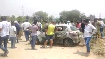 The bodies of the missing building medical supplier found inside the car floating in Agra canal for 4 months