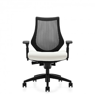 6040 Spree Chair Review