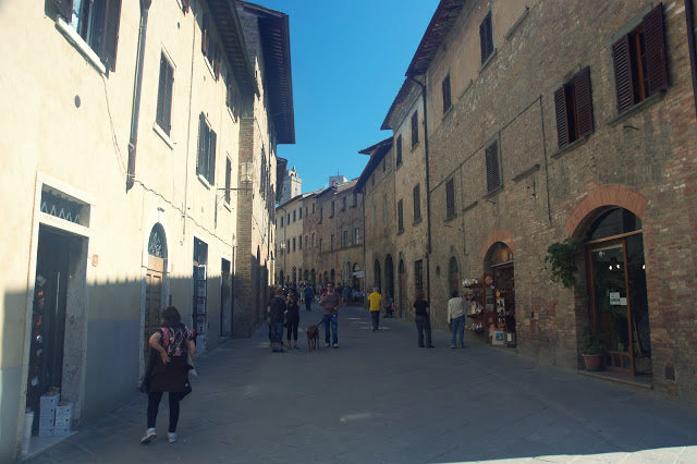 uliczki w centrum San Gimignano