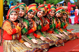 Tari Saman Aceh