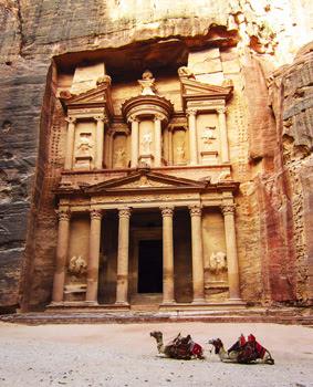 kota-petra-yordania-tempat-liburan-wisata-terindah-menakjubkan-di-dunia
