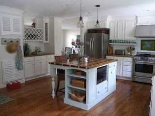 Kitchen Designs With White Cabinets And Black Appliances