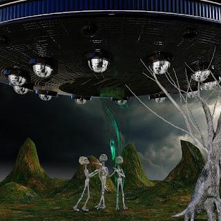 Olvidemos el viejo OVNI y enfoquemos el misterio con seriedad.
