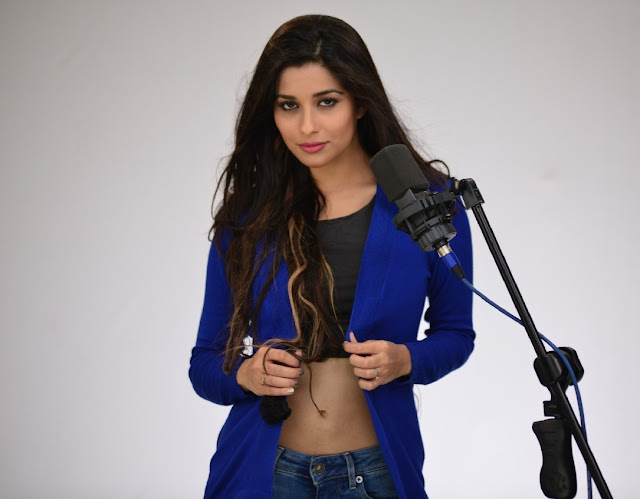 Madhurima-Banerjee-photo-shoot