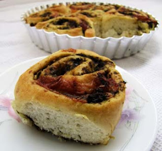 The Aromatic Pesto Rolls