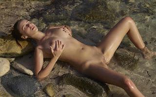 Ordinary Women Nude - Jessica%2BAlbanka-S02-020.jpg