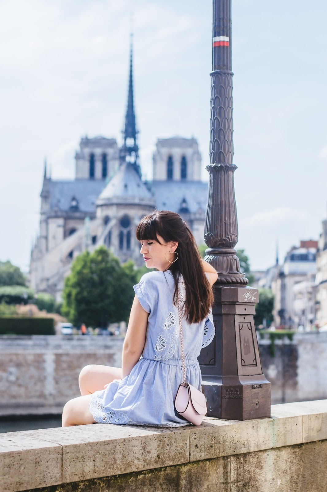 paris-style-notredame-meetmeinparee-cutedress-springstyle