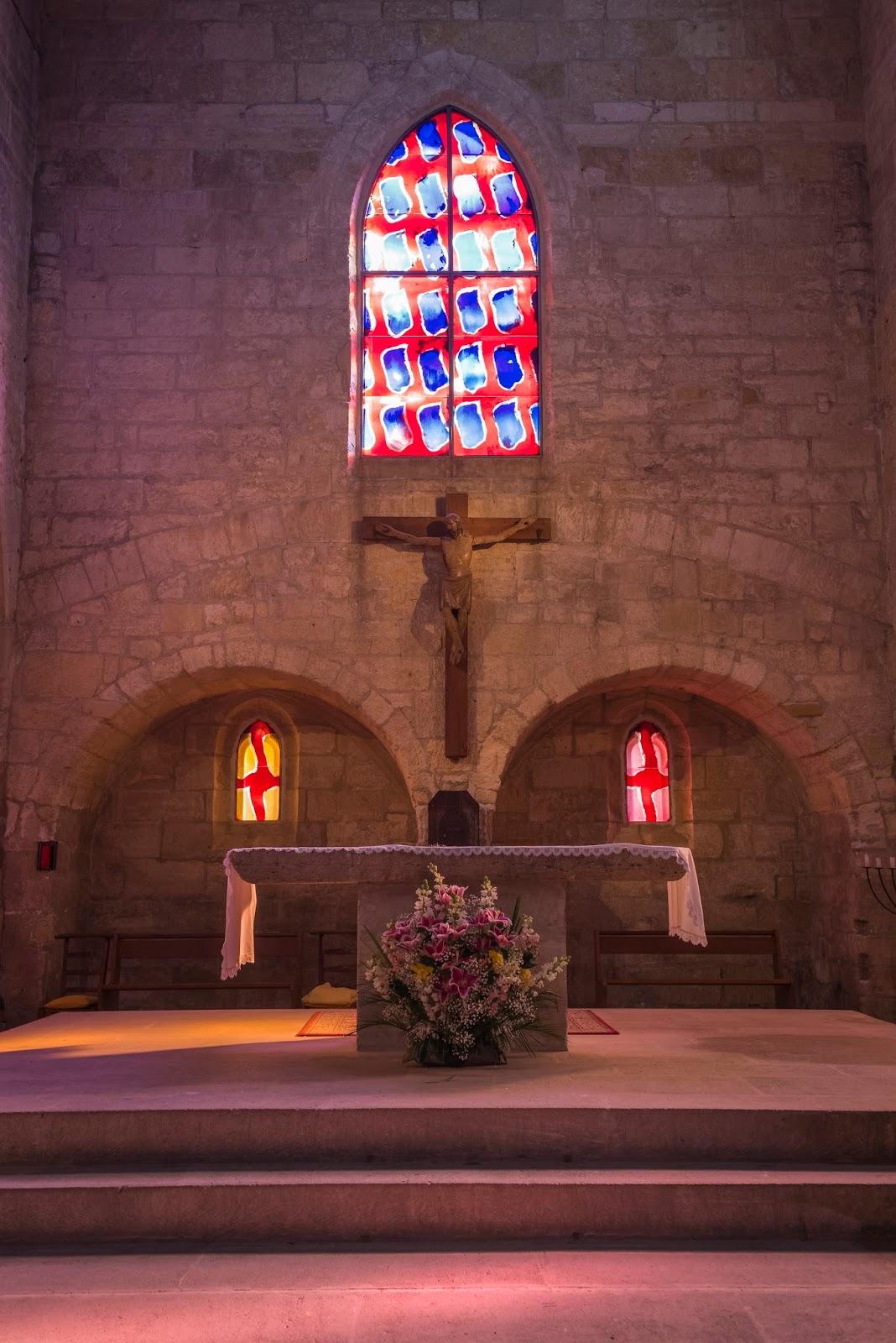 aigues-mortes remparts hiver église