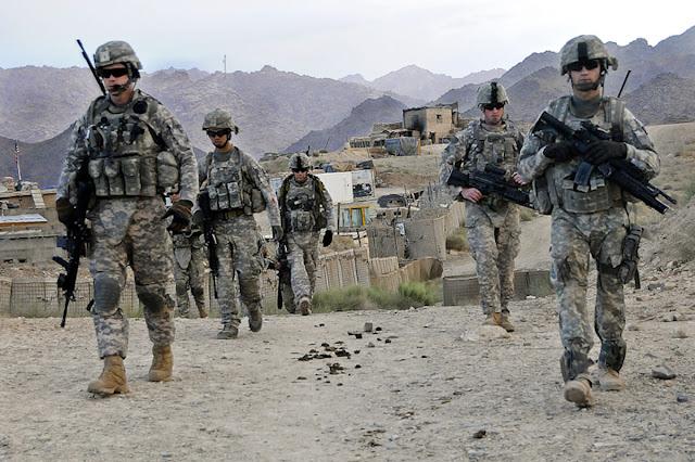 Συρία: Τέσσερις στρατιώτες των ΗΠΑ σκοτώθηκαν σε πολύνεκρη επίθεση στην Μανμπίτζ