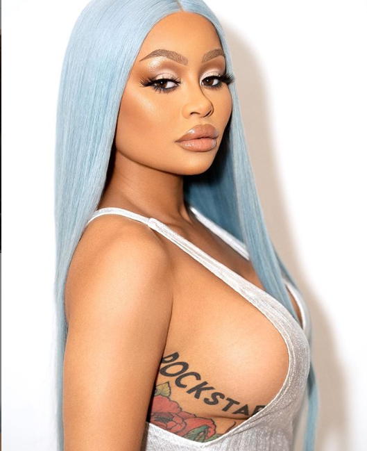 Blac Chyna Puts her side boobs on full Display in new sizzling IG snaps