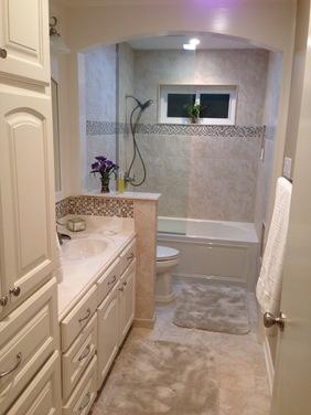 separating wall in bathroom