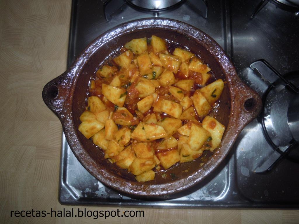 Mi rinconcillo de cocina halal: Tallin de patatas a lo pobre.