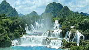 Shillong, Cherrapunjee, Bhalukpong, Bomdila, Tawang, Dirang & Kaziranga (10Days)