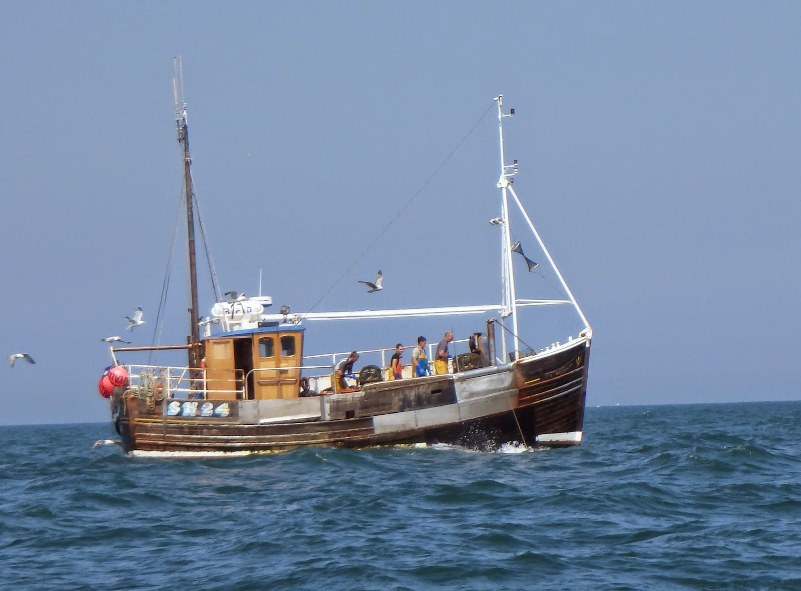 Log of robinetta spurn head to scarborough for Old fishing boat