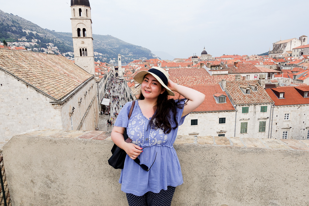 travel-style-blogger-guide-croatia-dubrovnik-old-town-lifestyle-photography